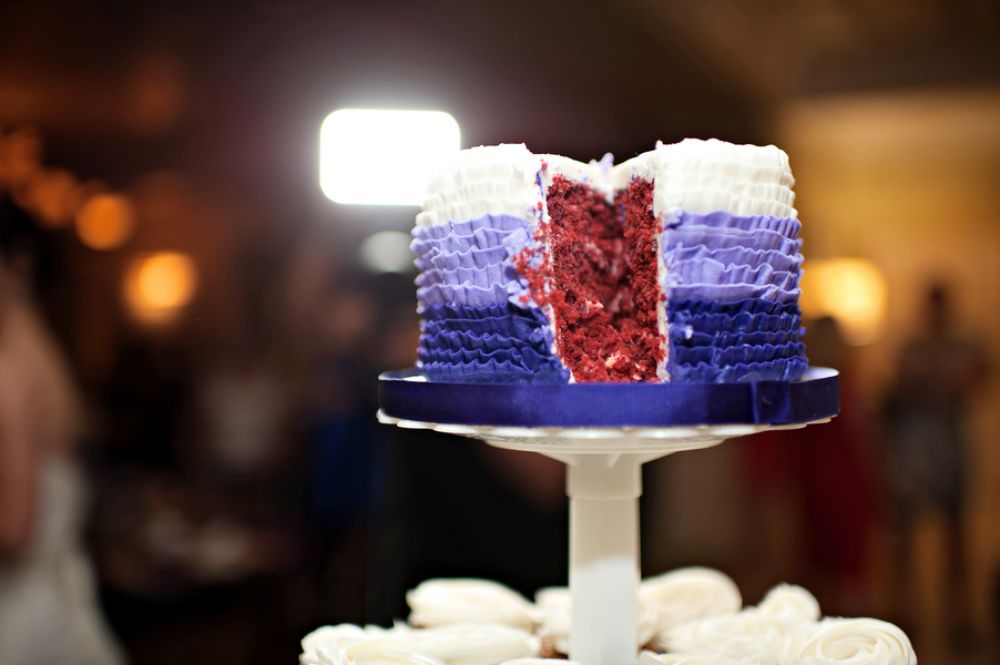 Party Flavors Ombre Ruffled Cakes 2014 Event Trends